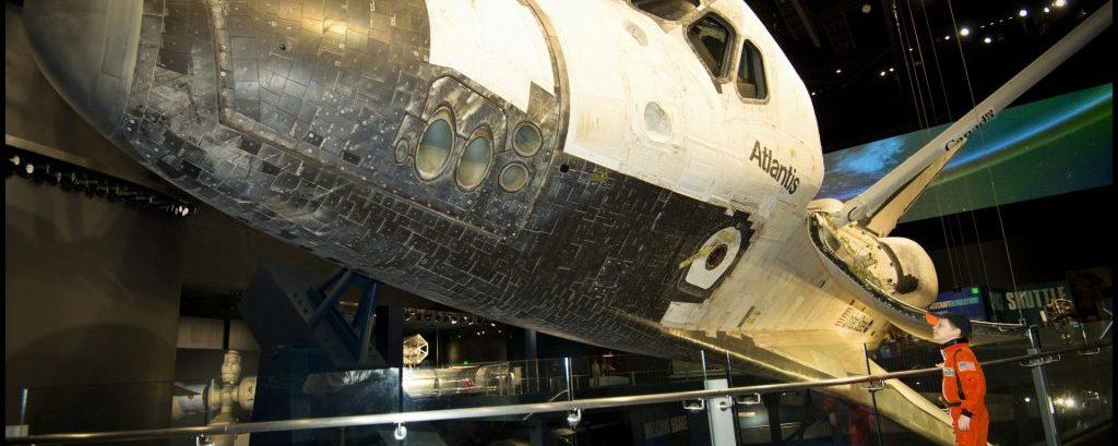 Ônibus espacial Atlantis celebra 10º aniversário de seu retorno para casa no Kennedy Space Center
